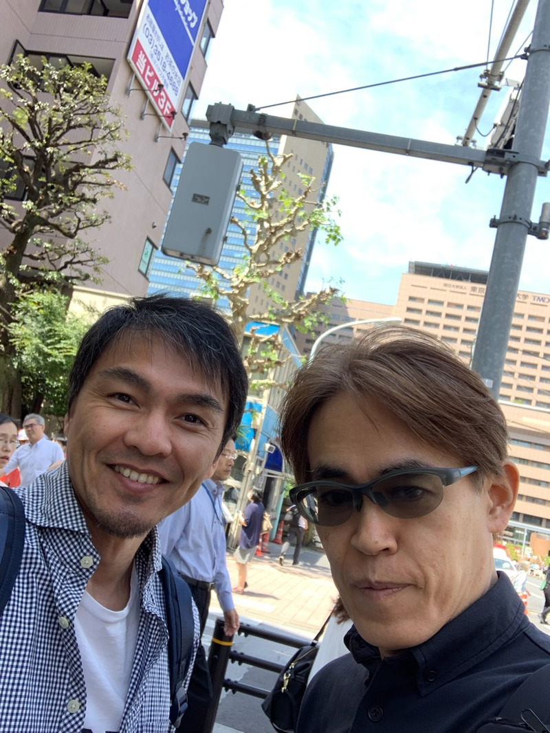 With former world champion Kakuji Iida